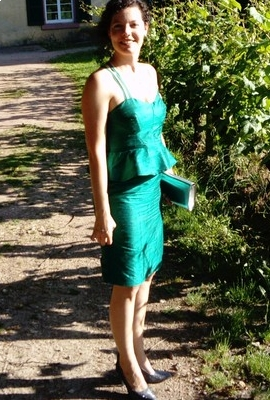 lemoncina: Lady in green